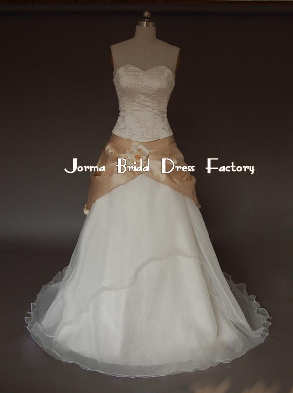 bride-dresses-model-10