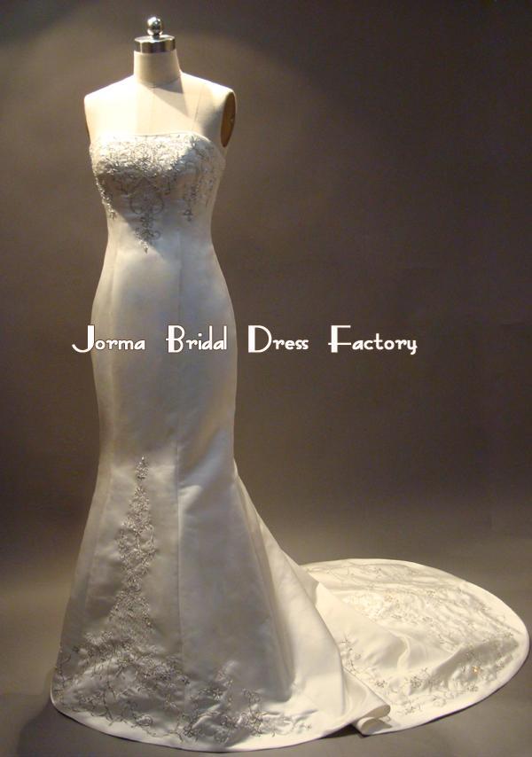 bride-dresses-model-7