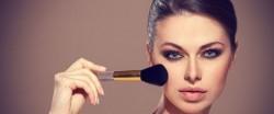 دلیل آرایش بیش از حد زنان چیست؟