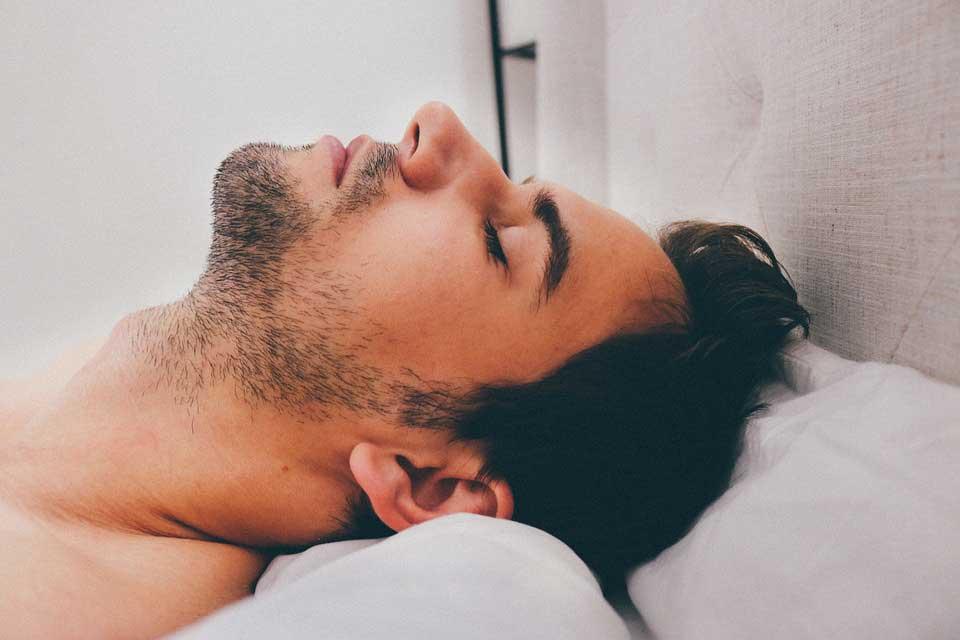 مضرات نخوابیدن در شب