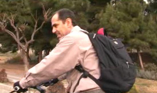 مدیری که با دوچرخه به محل کار میرود