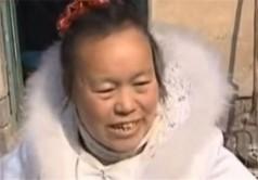 عروسی که 10 سال لباس عروسیش را پوشید+عکس
