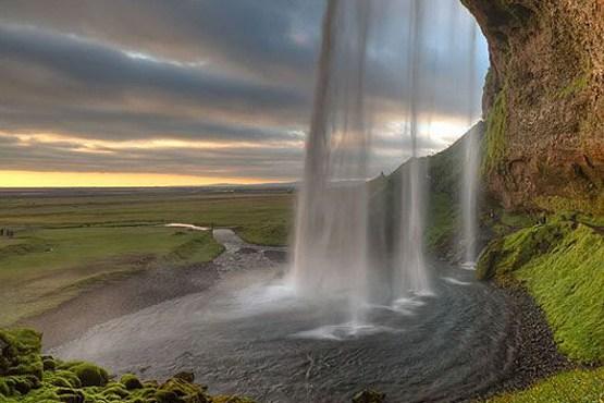 آبشار زیبای سلجالاندسفوس در ایسلند