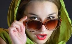 راهنمای انتخاب عینک آفتابی برای خانمها