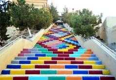 نقاشیهای دیدنی روی پلههای شهرهای بزرگ/عکس