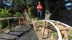 ساخت ترن هوایی در حیاط خانه +عکس