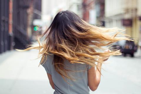 long-hairرنگ کردن موهای بلند