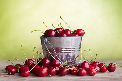 خواص گیلاس Amazing-Reasons-to-Eat-Cherries