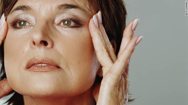 3 اسید ضروری برای جوان سازی پوست صورت