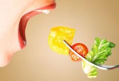 چگونه بدون رژیم غذایی لاغر شویم؟
