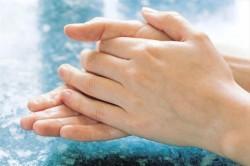 درمان پیری پوست دست