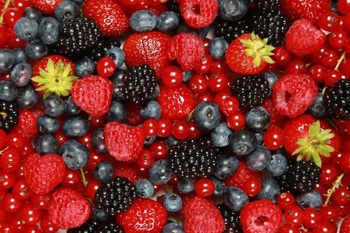غذاهای شکم صاف کن,داشتم شکم صاف,میوه های خانواده تمشک