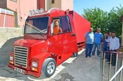 کامیونی از جنس آهن قراضه +عکس
