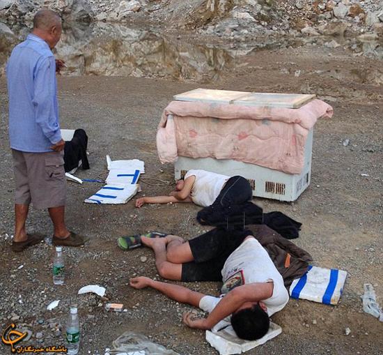 پدر و مادری که جسد کودکانشان را در یخچال نگه داشتند + عکس