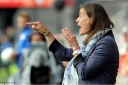 خبرسازترین زن دنیای فوتبال+عکس