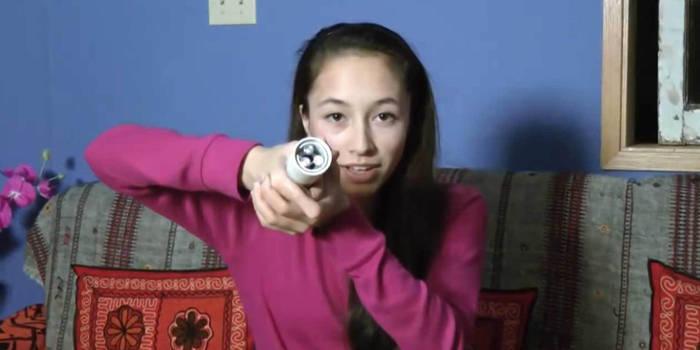 ابتکار جالب دختر 16 ساله کانادایی:چراغ قوه بدون نیاز به ...