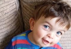 کودکی که هر 3 هفته خونش را عوض می کند +عکس