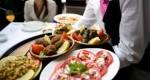 ۸ توصیه برای روزهایی که بیرون از خانه غذا میخورید