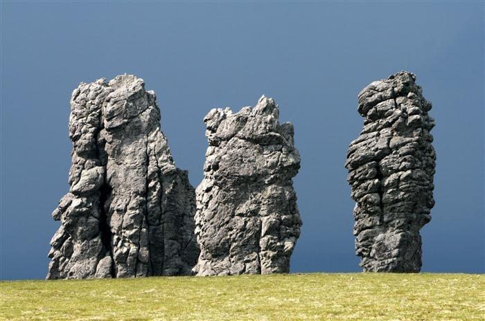 سنگ های رمزآلود در روسیه