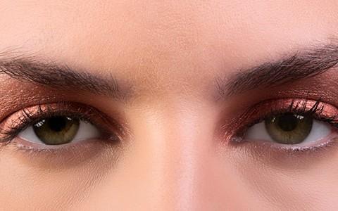 سایه متناسب با رنگ چشم,چشم سبز
