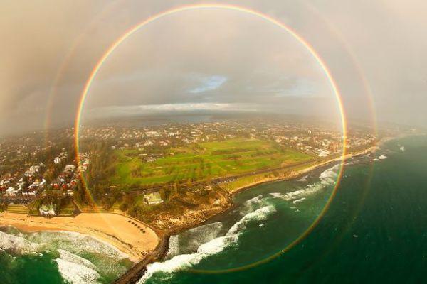 PAY-The-circle-rainbow