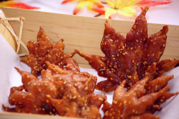 fried-maple-leaves3