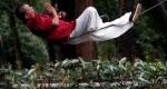 خوابیدن روی طناب در چین +عکس
