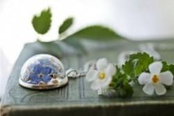 تلفیق زیبای گلوگیاه با جواهرات + عکس