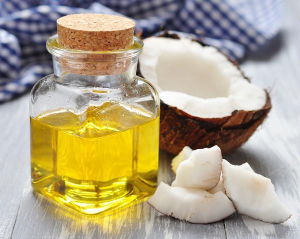 فواید روغن نارگیل برای پوست و مو