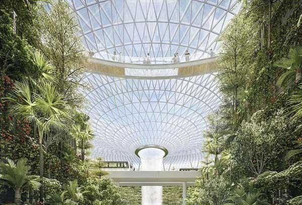 آبشار سرپوشیده در فرودگاه شیشهای