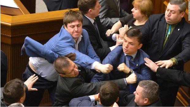 درگیری در مجلس اوکراین
