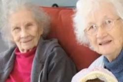 دوقلوهای ۹۰ ساله که باهم مُردند!+عکس