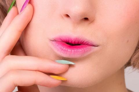 آرایش لب گرادینت