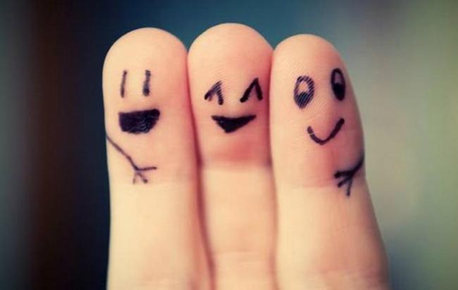 Happy-Friendship,نشانه های دوست بد