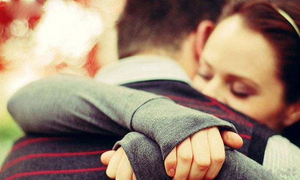 تعبیر خواب در آغوش گرفتن