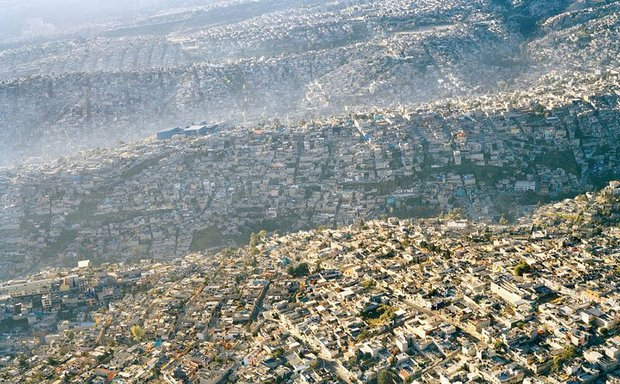 20-shocking-photos-of-humans-slowly-destroying-planet-earth-8.jpg