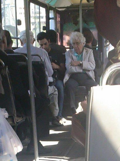 لوریس چکناواریان در اتوبوس