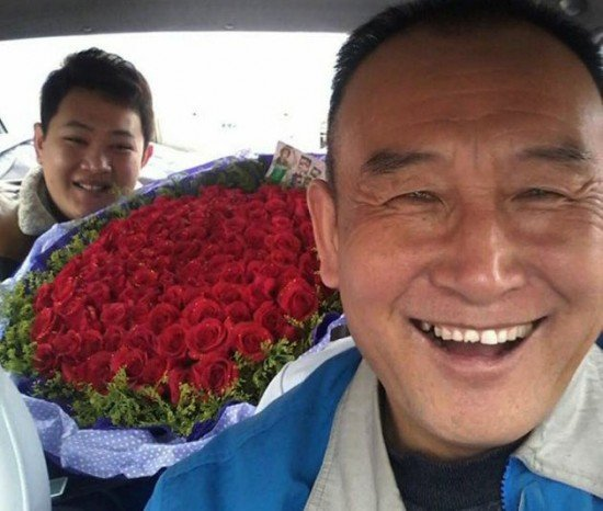 Uncle-Teng-selfies5-550x466.jpg