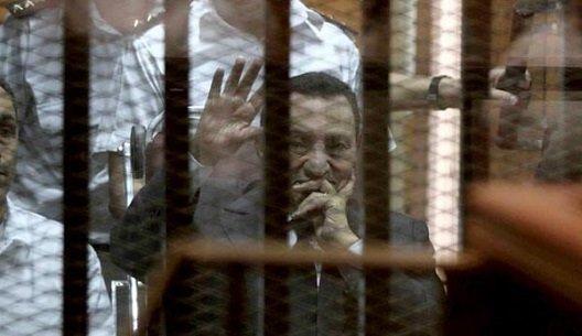 محاکمه در قفس