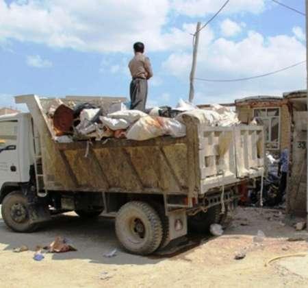 کشف 100 تن زباله از منزل زن 60 ساله بوکانی!