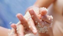 اهمیت لایه برداری در مراقبت از پوست