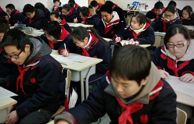 پهپاد برای جلوگیری از تقلب در مدارس
