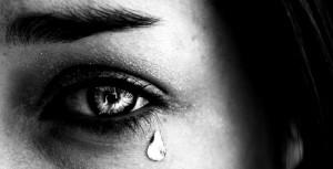 دلایل اشک ریختن Tear