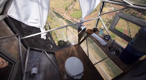 scary-see-through-suspended-pod-hotel-peru-sacred-valley-811.jpg