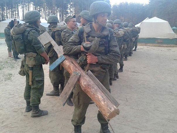 مجازاتهای عجیب سربازان خاطی در ارتش روسیه