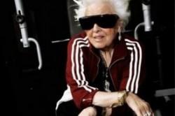 پیرزنی 69 ساله، پیرترین دی.جی جهان +عکس