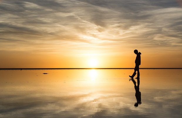 در این شهر می توانید روی آب راه بروید!-Solitude_and_serenity_is_conveyed_by_the_image_Mitzuka_shot_of_a-a-15_1438596748882.jpg