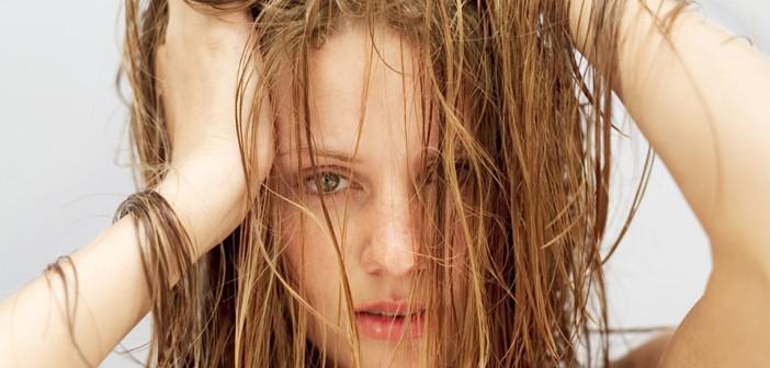 درمان موهای چرب Greasy-hair,رفع چربی پوست سر