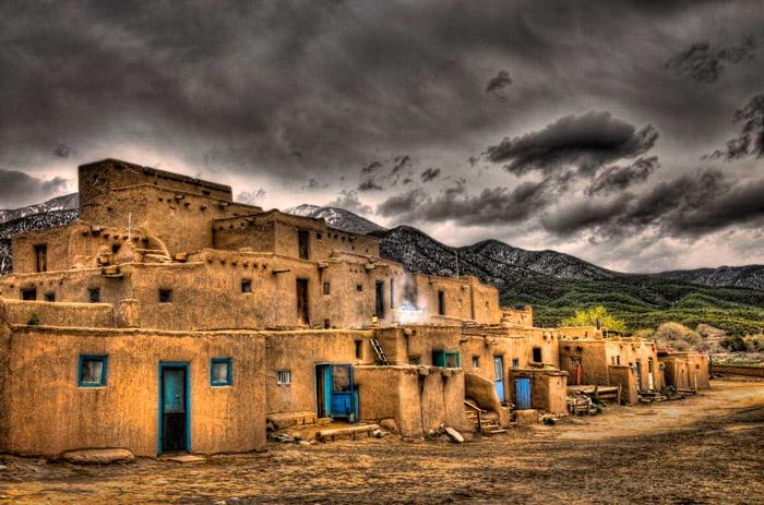 ناتوان ماندن علم,Taos Pueblo