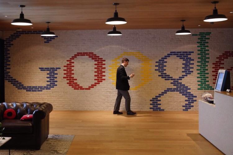 1 finance director ,مشاغل با درآمد بالا در شرکت گوگل